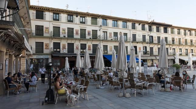 Foto de la plaza de los Fueros de Tudela.