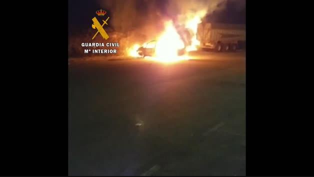 Incendio de un vehículo en Paternáin