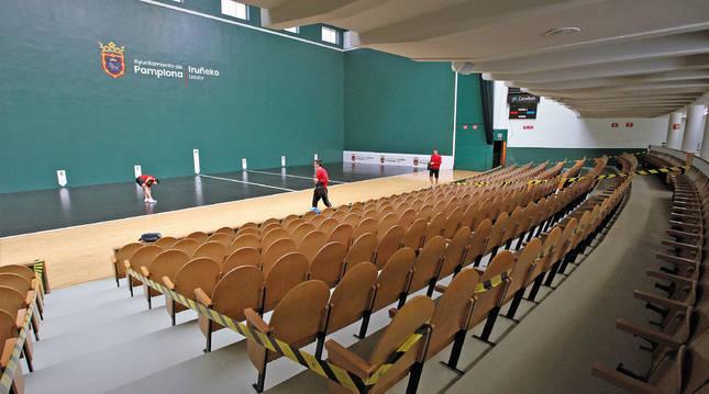 Foto del frontón Labrit no acogerá partidos de la liguilla de semifinales del Parejas por la delimitación del aforo a 265 personas.
