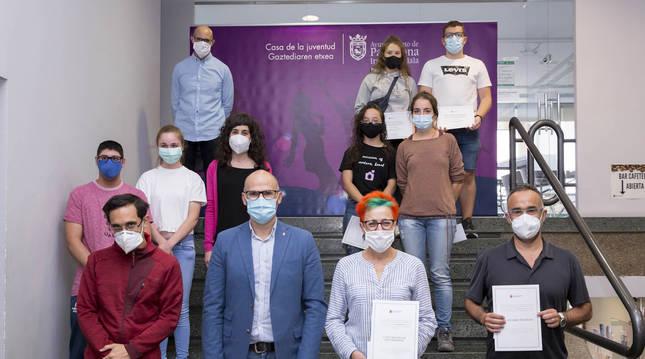 Foto del reconocimiento a los 'corresponsales informativos' del Ayuntamiento de Pamplona del curso 2019-2010.