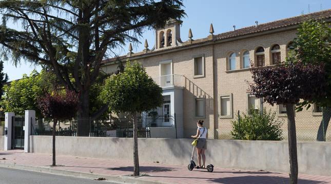 Imagen exterior del Complejo Residencial El Pinar de Milagro.