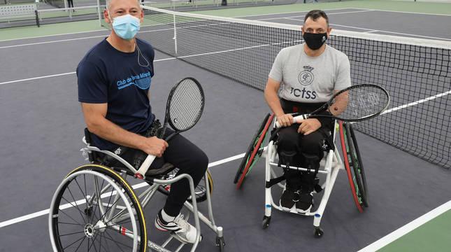 Juanjo Rodríguez (izquierda) y Patxi Fadrique (derecha) ofrecieron una clase práctica del deporte.