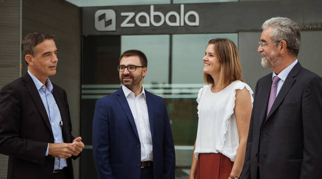 Guillermo Dorronsoro (Management Board Advisor), Miguel Ángel Bernal (Consejero Académico y experto en CPI), José Mª Zabala (presidente) y Ainhoa Zabala (CEO)