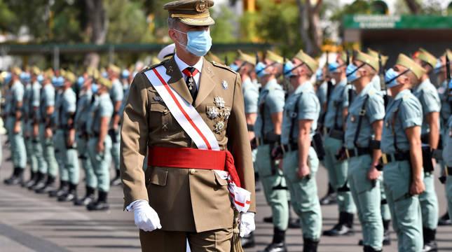 El rey ha presidido este domingo en el acuartelamiento de Viator (Almería) el acto central con motivo de la conmemoración del centenario de la Legión.