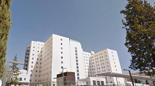 Investigan un brote con 46 casos en un hospital granadino por una fiesta de jubilación