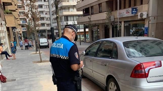 foto de Un agente de la Policía Local de Tudela
