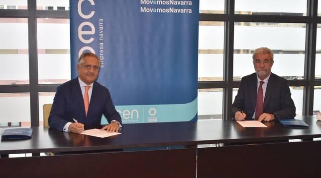 Foto de Juan Miguel Sucunza, presidente de la CEN, y José Mª Zabala, presidente de Zabala.