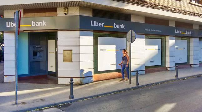 Unicaja y Liberbank, en contactos