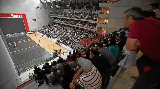 Vista panorámica del frontón Bizkaia en una de las últimas finales disputadas.