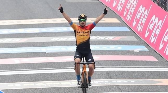Foto del ciclista esloveno Jan Tratnik, ganador de la 16º etapa del Giro 2020.