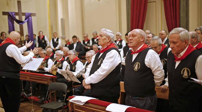 Los Auroros de Santa María fueron homenajeados en la Misa de la Escalera del 3 de marzo, su último acto público de este año.
