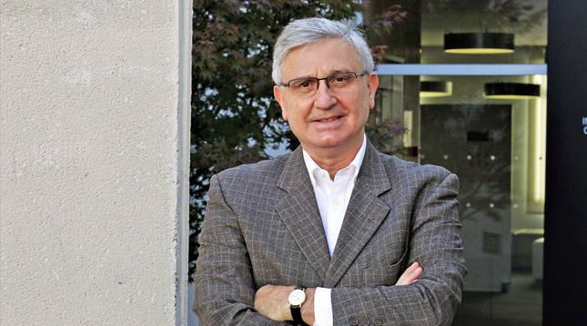El psiquiatra  Fernando Sarráis es profesor en la Facultad de Psicología de la Universidad de Navarra.