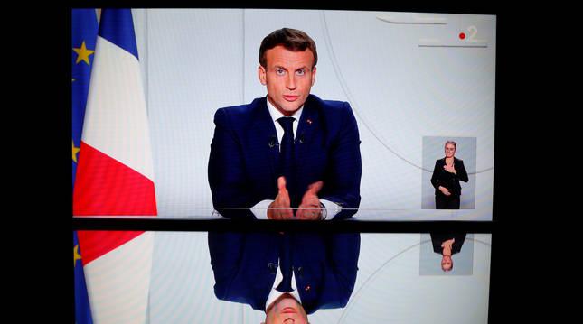 Foto de Macron, en una declaración televisada a la nación.