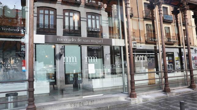 El Mercado de San Miguel, en Madrid, cerrado por la pandemia.
