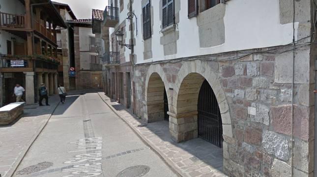 Centro de Atención e Información de la Seguridad Social (CAISS) de Santesteban, situado en la calle Santa Lucía.