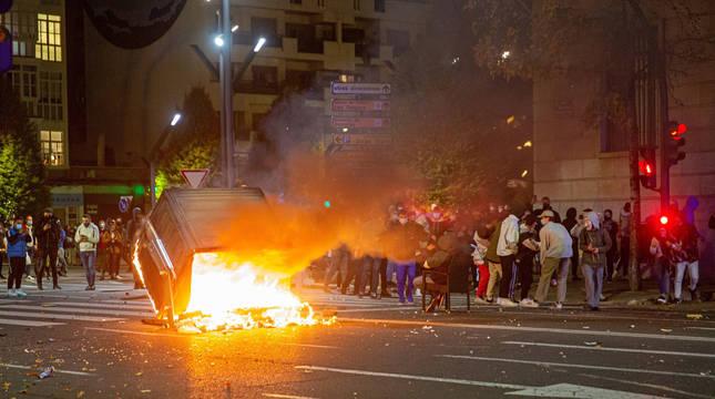 Segunda noche con protestas violentas en toda España ante las restricciones