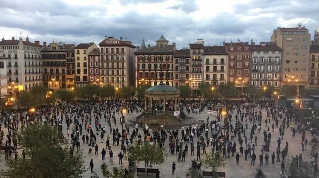 Fin de la manifestación de apoyo a la hostelería en Pamplona.
