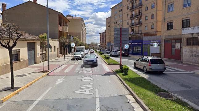 Tráfico en la Avenida del Barrio del Tudela, donde se produjo el atropello.