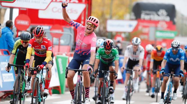 Cort Nielsen en su llegada a meta en Ciudad Rodrigo en la 16ª etapa de La Vuelta.