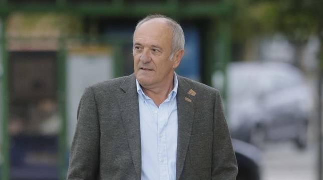 Luis Ibero, a su llegada al Palacio de Justicia de Navarra para declarar en el 'caso Osasuna', en octubre de 2015.
