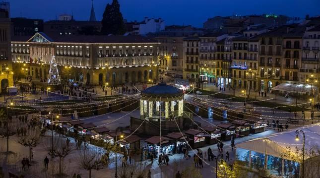 Foto de la Feria de Navidad de la Plaza del Castillo en 2019.