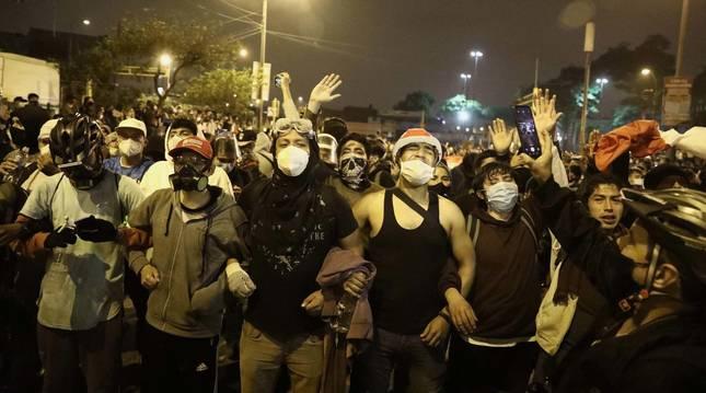 Imagen de las protestas en Perú contra el presidente Merino.