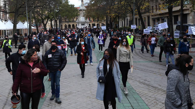 Imagen de la manifestación de la hostelería el pasado domingo en el Paseo de Sarasate, de Pamplona.