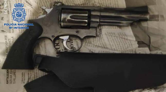 Recuperado en Pamplona un revólver que habían robado a un vigilante de seguridad