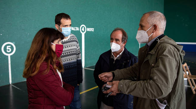 Maite Esporrín (PSN), Aritz Ayesa (Bildu), Manolo Romero y David Campión (Independientes), forman equipo de Gobierno en la MCP.