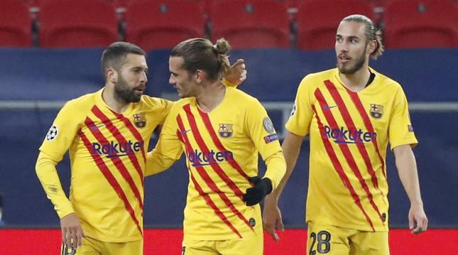 Alba, Griezmann y Mingueza.