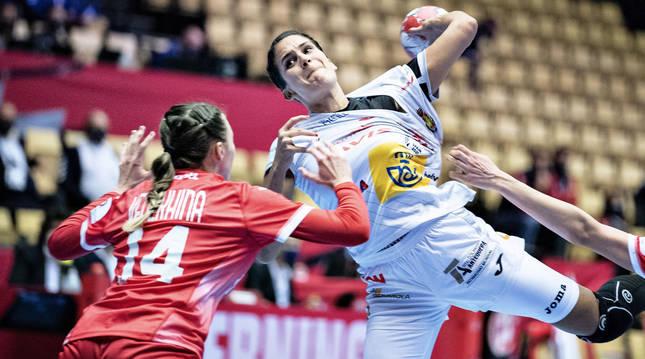Foto del partido Rusia-España del Europeo femenino de balonmano 2020.