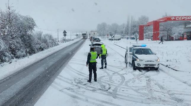 Foto de un accidente en la N-121-A, a la altura de Lantz (Navarra).