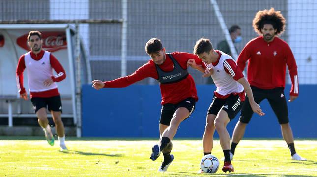 Nacho Vidal, David García, Íñigo Pérez y Aridane, durante un entrenamiento en el mes de octubre.