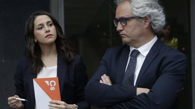 Inés Arrimadas, Carlos Pérez-Nievas en una imagen de junio de 2019.