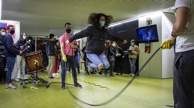 El Conservatorio Superior de Música de Navarra acogió un encuentro a favor del humor y contra el 'establishment' musical