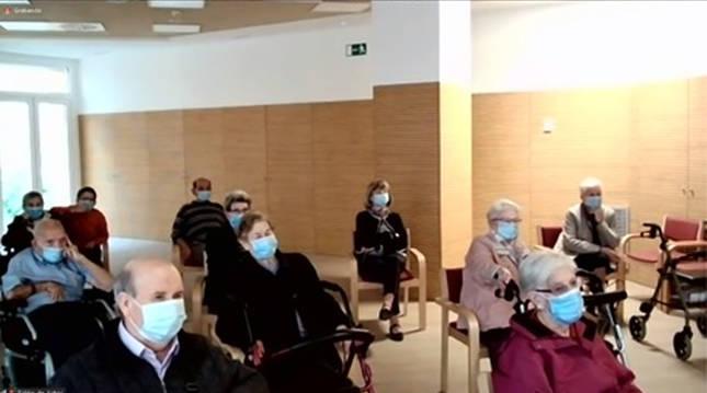Turismo proyecta visitas online para las personas mayores de 39 residencias.