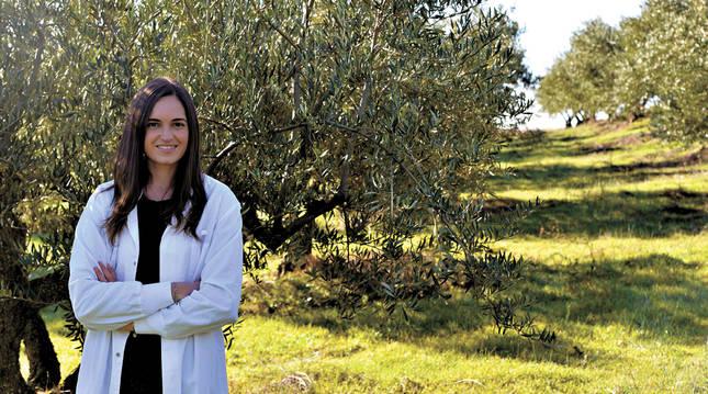 Una navarra investiga cómo llevar al cuerpo los beneficios del olivo