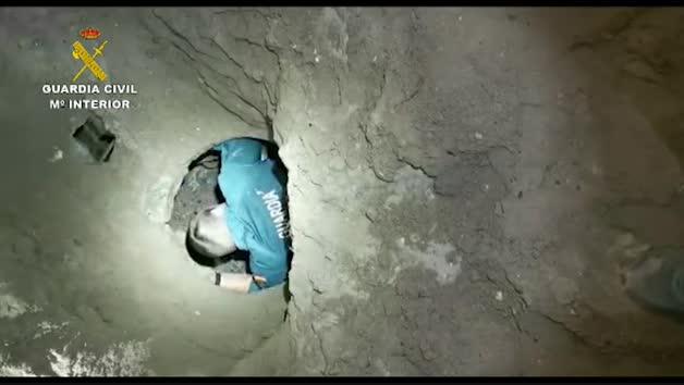 Vídeo: La Guardia Civil detiene a 19 personas e incauta casi cuatro toneladas de hachís