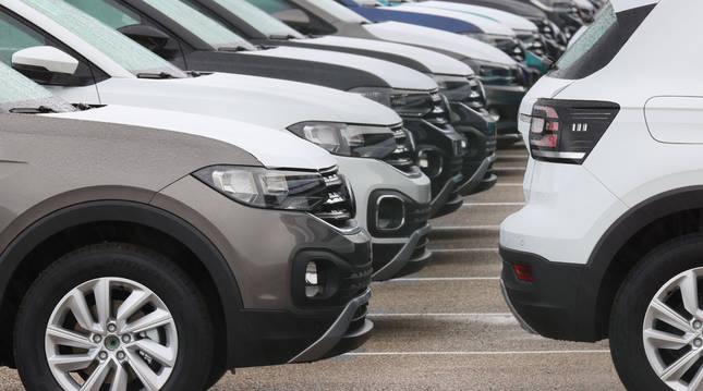 Foto de vehículos en la fábrica de VW en Landaben.