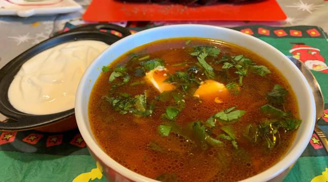 Foto de la sopa borsch.