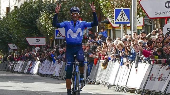 Alejandro Valverde celebra su victoria en el Paseo de la Inmaculada en la edición de 2018.