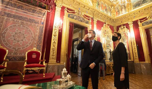 Pedro Sánchez, junto a María Chivite, en una visita del presidente del Ejecutivo foral a Pamplona.