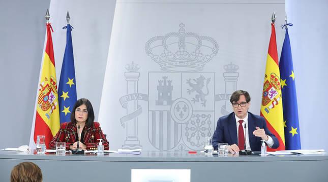 Carolina Darias y Salvador Illa, en rueda de prensa.