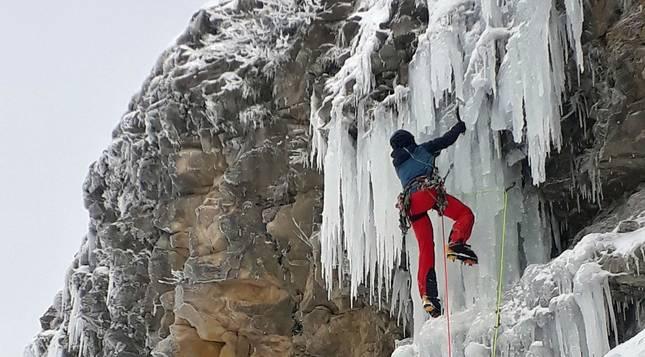 Fotos de escalada en la cascada de hielo del Beriáin-San Donato