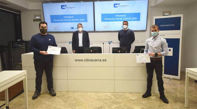 Los galardonados junto a los responsables del CITI Navarra y la UPNA.