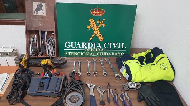 Material recuperado por la Guardia Civil en el robo de la empresa de Lodosa.