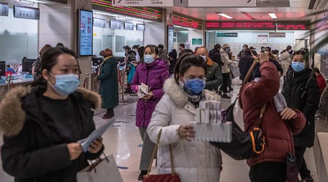 China registra una muerte por coronavirus, la primera desde mayo