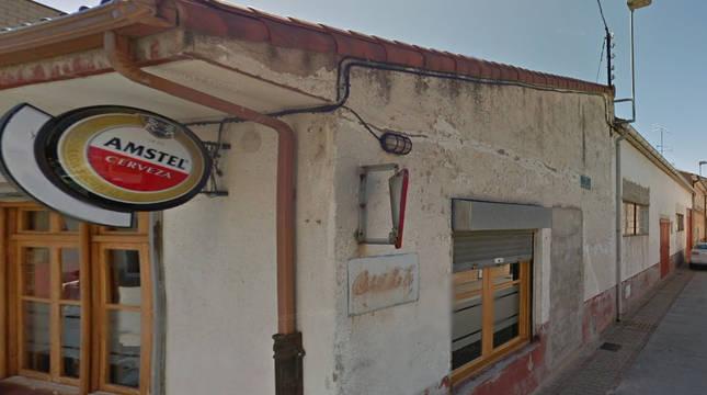 Exterior del bar en Sartaguda.