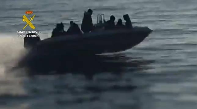 Desarticulan una organización criminal dedicada al tráfico de personas desde Argelia hasta España