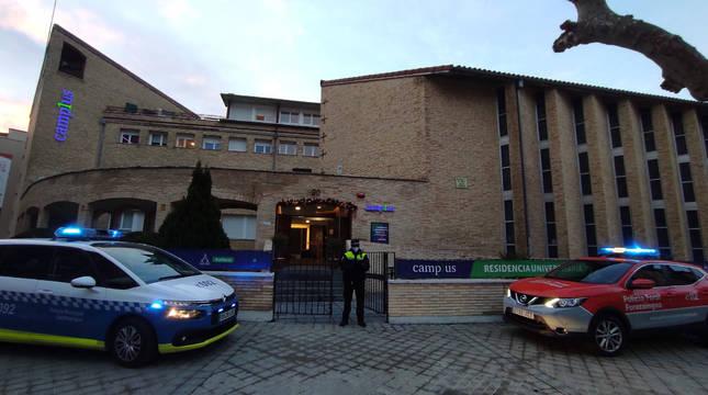 Controlado el acceso a una residencia universitaria de Pamplona por varios confinados